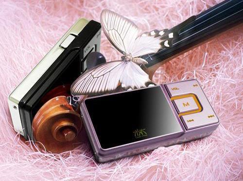 数码零距离:清华同方镜面MP3水木TF-A65