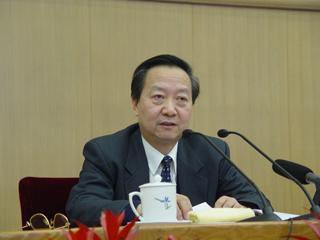 李毅中成工业和信息化部首任部长