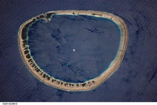 国际空间站十佳地球照片:火山喷发场面壮观