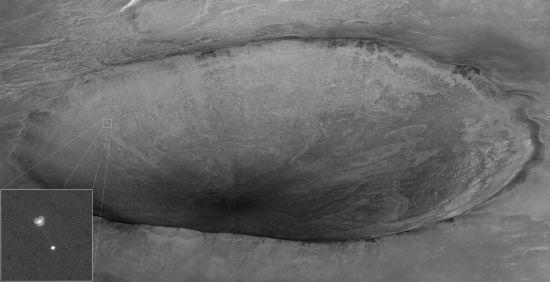 迄今最佳火星天空照片:凤凰号伞降火星