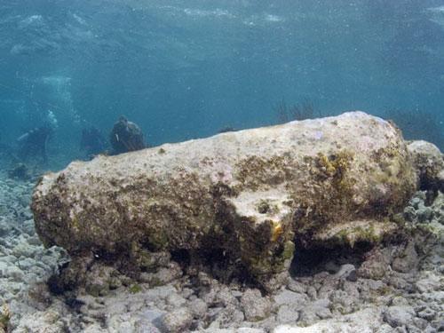 考古学家深海发现百年前沉没运奴船残骸(图)
