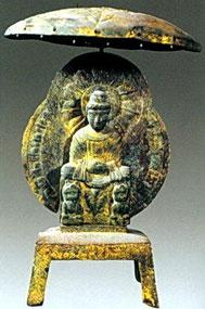 十六国时期开始出现独立的佛像造像