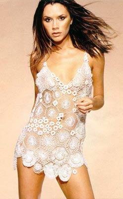 时尚:星座美眉谁是最可能隆胸的人(组图)
