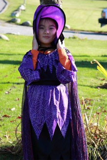 万圣节的小女巫