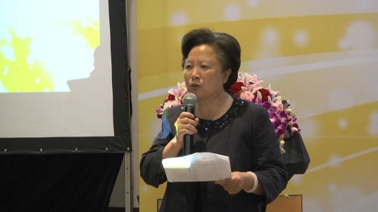 中国妇女活动中心主任 郭象