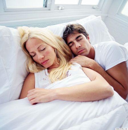 你和伴侣选对避孕措施了吗?