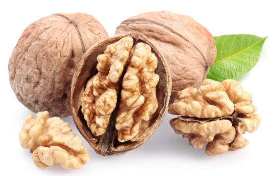 吃核桃不补脑 大脑活动最需2种营养素
