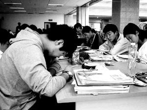 中国孩子和父母关系最僵(图)_健康_亲子中心_