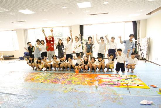 世界自闭症艺术巡回展日本站简介(图)