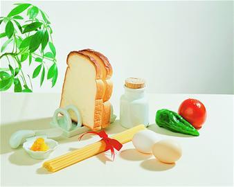 早餐中最不可缺的三类食物