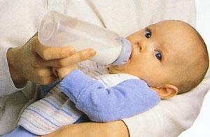 新生儿喂配方奶应注意细节