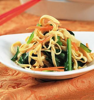 菠菜拌豆腐皮