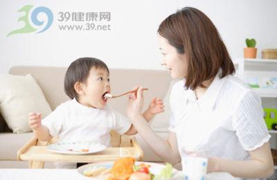 辅食怎么吃比吃什么更重要