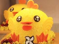 萌到不忍心下嘴的生日蛋糕