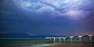 死海的黄昏美景