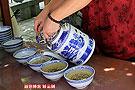 两块钱的泉水大碗茶
