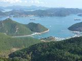 在弥勒山鸟瞰统营港与众岛屿