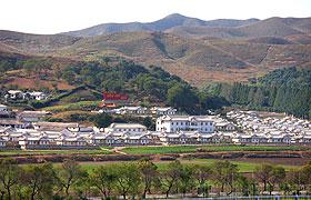 朝鲜的农村人们居住的村庄