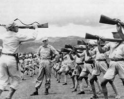 美国教官严格锤炼远征军单兵作战能力