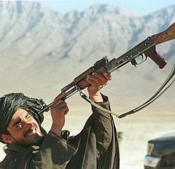 AK47的优缺点