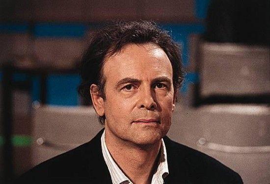 法国作家 帕特里克·莫迪亚诺获2014年诺贝尔文学奖.