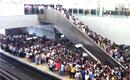 北京地铁视频爆红 人流拥挤震惊国外网友