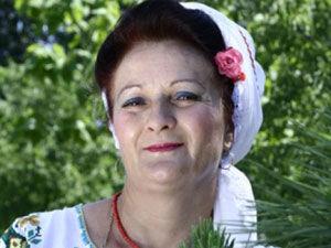 罗马尼亚女歌手守贞60年看开欲破处