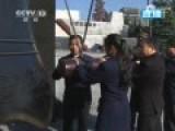 6名南京群众撞响和平大钟放飞和平鸽