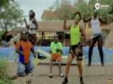 乌干达最丑男子靠脸吃饭 拍MV赚钱养家生八子