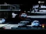男子持枪抢奔驰 强悍女店员与其搏斗反抢车钥匙