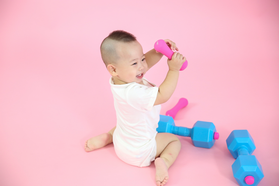 伊威:宝宝尽管运动,能量不足了算我输!