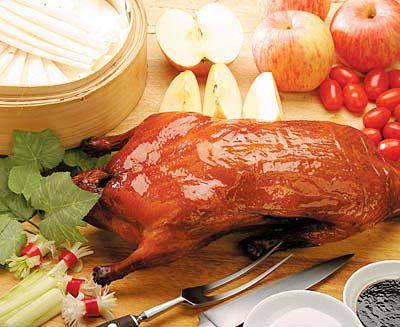 北京烤鸭享誉海内外