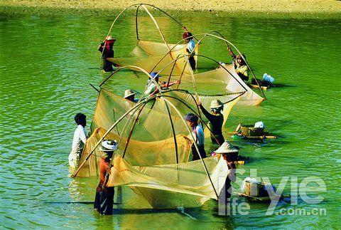 劳碌质朴的缅甸人民