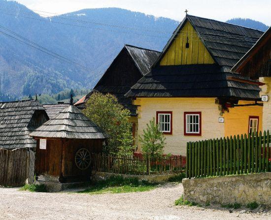建筑精巧的木屋