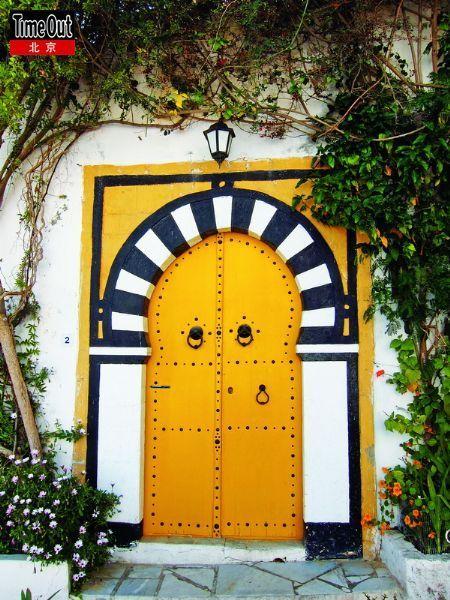 充满了想法和设计的门