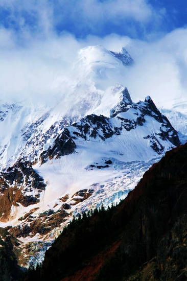 西藏米堆冰川 来源:田中艾玫 新浪博客