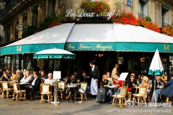 法国的咖啡店是属于大众的