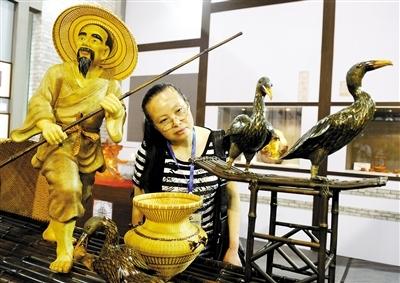 义乌中国国际旅游商品博览会上的很多创意纪念品并未进入流通环节。图/CFP