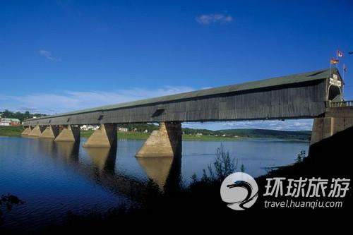 加拿大新不伦瑞克省哈特兰加盖桥