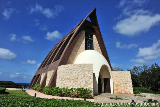 1大乙八郎 2圣普罗帕斯教堂(St. Probus Holy Chapel),风格中有了木的元素,玄关处的蛋型,象征着爱的诞生与新的开始。.jpg