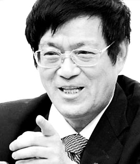 谢百三:复旦大学金融与资本市场研究中心主任