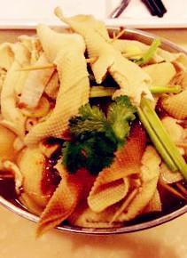 长春特色小吃鸡汤豆腐串