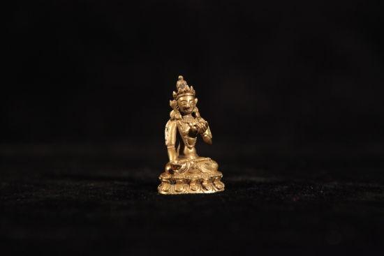 图7 清铜鎏金度母像