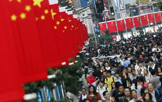这个世界早已不是美国独大的世界,中国在全球事务中已经越来越有地位。