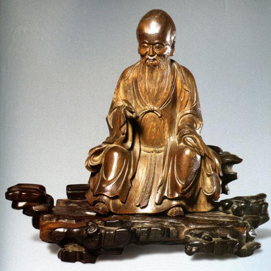 图1 清代沉香木雕寿星(故宫博物院藏)