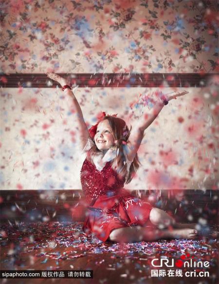 美摄影师超现实作品讲述寄养儿童的内心世界