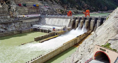 西藏最洪水电站运转。(材料图像)