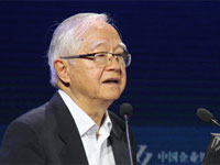 吴敬琏:靠投资拉动经济是寅吃卯粮