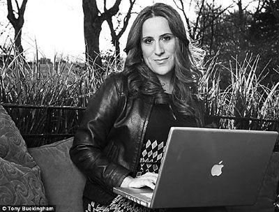 """""""单向思维女孩""""作者玛格尼斯称自己的邮箱遭到英国媒体非法入侵"""