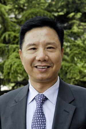 图为金螳螂集团创始人,江苏首富朱兴良。(资料图片)